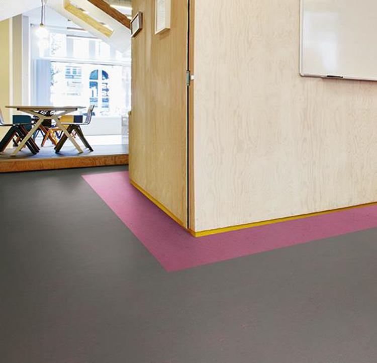 Pilt Marmoleum Concrete 2.5  purple shimmer 3735